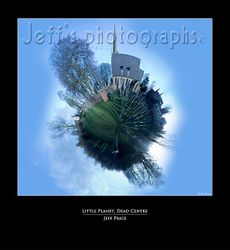 Little Planet, Dead Centre