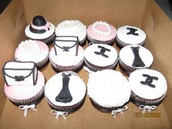 CC6 -Coco Chanel- themed Cupcakes