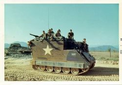 Communications vehicles M115:
