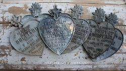 #29/250 FRENCH GRAVE HEARTS