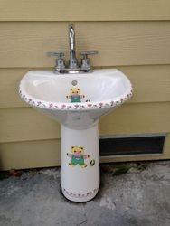 Child size sink