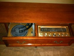 Angela's Curtis Mathes Stereo with turntable.