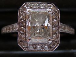 18ct/platinum radiant cut vintage style engagement ring
