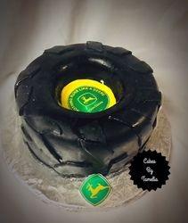 John Deer  Tractor tire  cakes