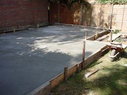 summerhose slab base