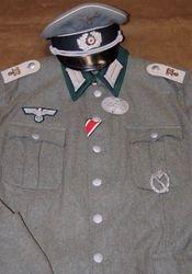 Maschinengewehr - Bataillon 6, Officer: