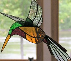 3-D HUMMINGBIRD
