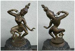 Indiska bronzine deives statula. Kaina 157