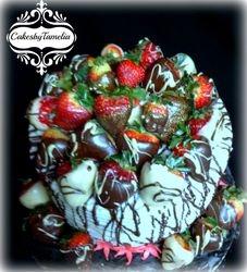 Chocolate and white chocolate cake