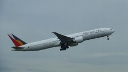 Philippine Airlines Boeing 777-300ER RP-C7775