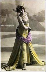 Mata Hari. 1913.