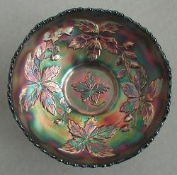 Autumn Acorns round bowl, green