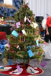 SHOW Christmas Tree for Indonesian orphans