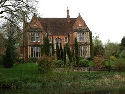 Kintbury house