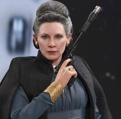 Leia (Episode 8)