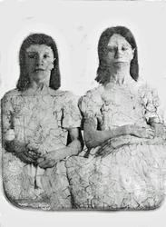 Ella & Della Reavis