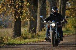 Motoskolas absolvents Girts