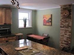 kitchen sitting areas