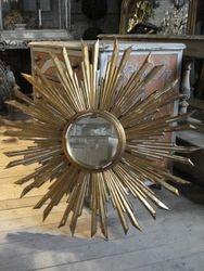 #12/326 Italiaan Wooden Sun Mirror
