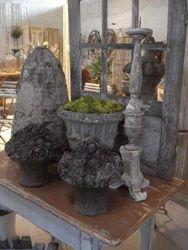 #15/125 Pr. of Concrete Flower Boquets