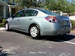 Hector D.--------Nissan Altima