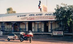 Tom's XJ900 in front of The Blue Healer Hotel Kynuna on the way to 1994 AGM at Alice Springs - April 1994