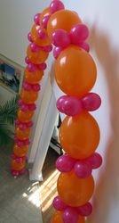 Link O' Loon Balloon Arch w/small balloon collars