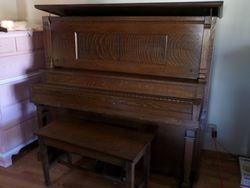 Schiller Ideal Player Piano
