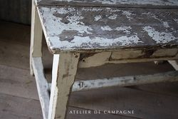 #25/202 FRENCH TABLE WHITE DRAWERS DETAIL