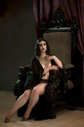 Yael Perez / Miss Meow