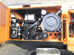 Doppstadt DW-3080K-3 Maschinenraum mit Abgasanlage