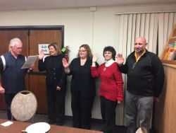 Fred Georggin swears in the New Officers