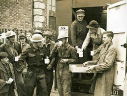 Cuppa for soldiers and home guard