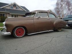 26.1950 hot rod chevy 2 door