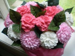 Roses and Zinnia Cupcake Bouquet
