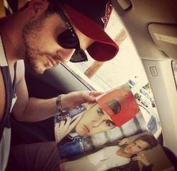 Tweeted by Martha (02 Jul 12): ?Jared?s 2 favorite people. Bieber and himself.?