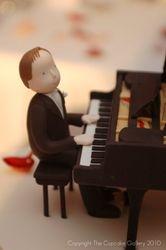 Pianist groom