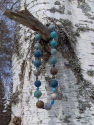 Huopahelmet, Necklace