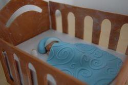 Gumpaste Crib