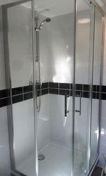 Cabine de douche ouverture d'angle