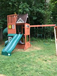 hilltop swing set assembly service in Towson maryland