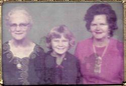 Daisy May Conner Dunn, Marilyn Kyde, June Dunn Scott