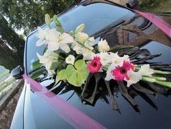 Présentation du bouquet déco voiture.