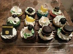 Cupcakes & Pop Cakes 17