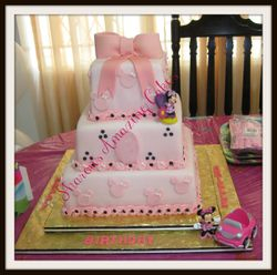 CAKE 42A1 - MINNIE MOUSE CAKE