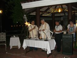 team couples party_1.2.10. Holy mass presider