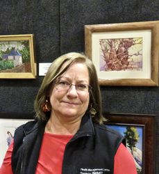 Lisa Huber with Her Best of Show Painting