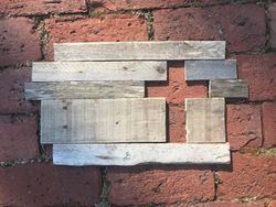 Pallet sign with Cross