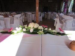 Fleurs de la table des mariés.