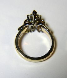 OVAL DIAMOND 14K GOLD ENGAGEMENT RING